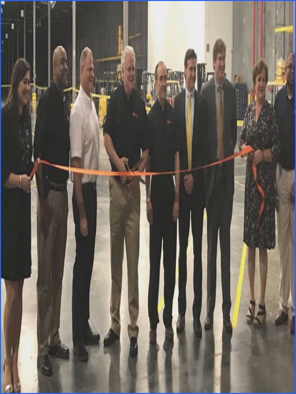 DSV and Chemours representatives at ribbon cutting in DeLisle MS USA 2018